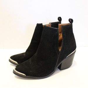 Cape Robbin Velvet V-Cut Ankle Boots Metal Tips